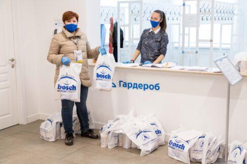 Компания «Афина» присоединилась кдобрым делам волонтеров