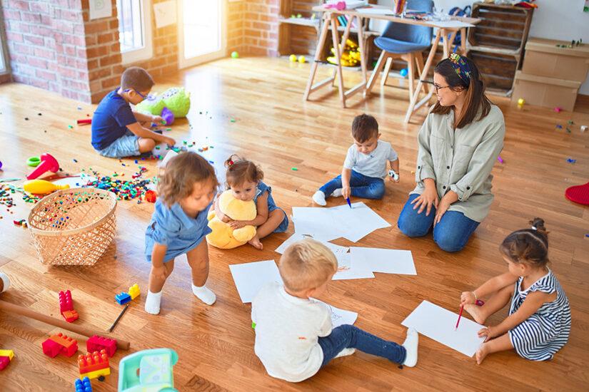 Помощь маме: как открыть семейный детский сад иначать зарабатывать