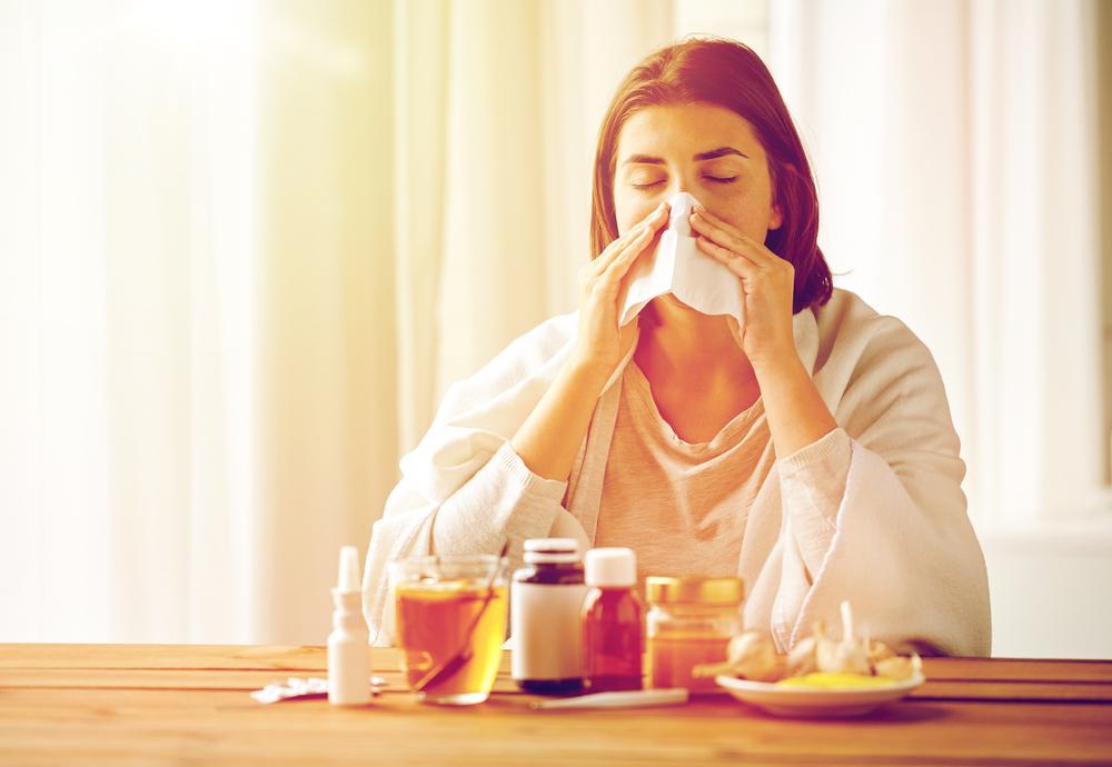 Как лечиться от коронавируса дома: схемы лечения и рекомендации врачей