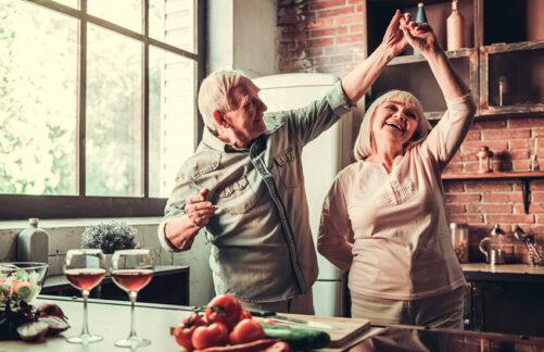 Психолог рассказал, как сохранить теплые отношения впаре