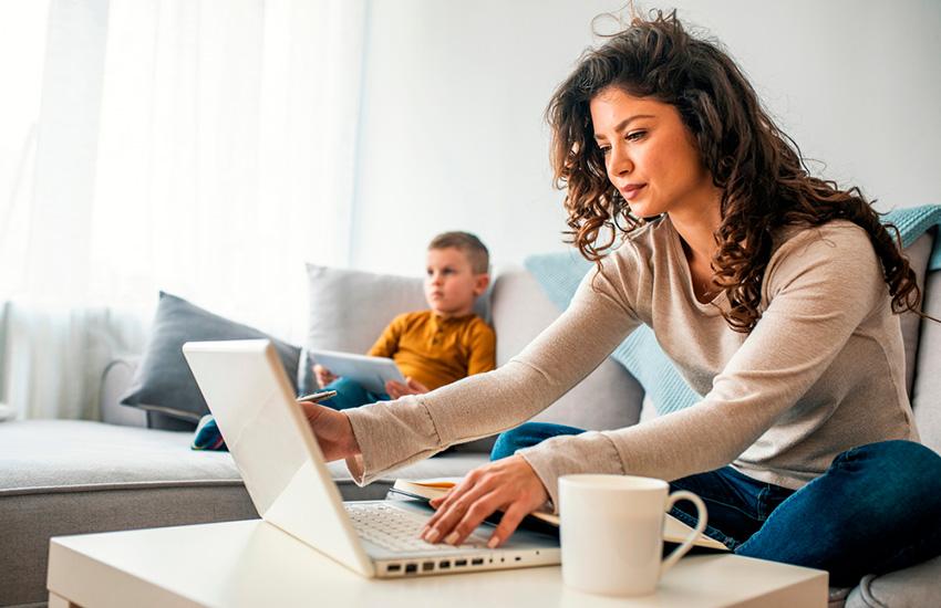 Уопекунов ипопечителей появилась возможность прикрепить ребёнка кполиклинике онлайн наmos.ru